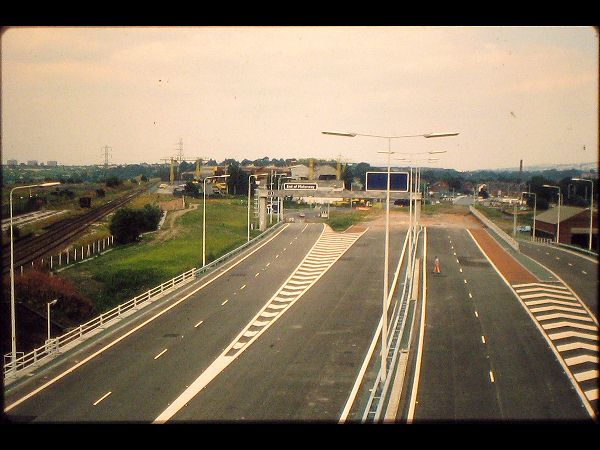 The modern day M60 J27 looking east towards Brinnington.